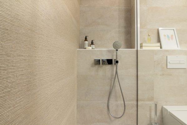 reformas baños barcelona, encainteriors