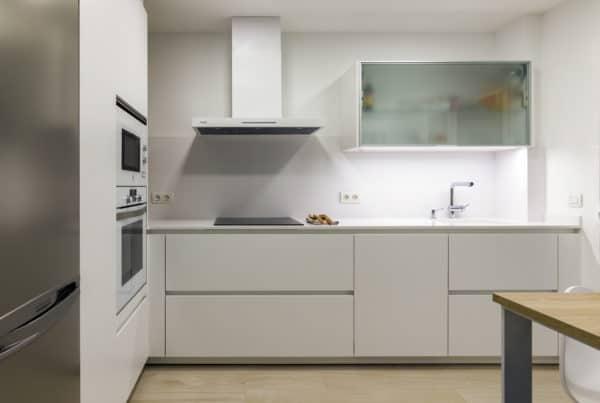 reformes cuines, reformas cuines barcelona, enca interiors, cocinas santos barcelona