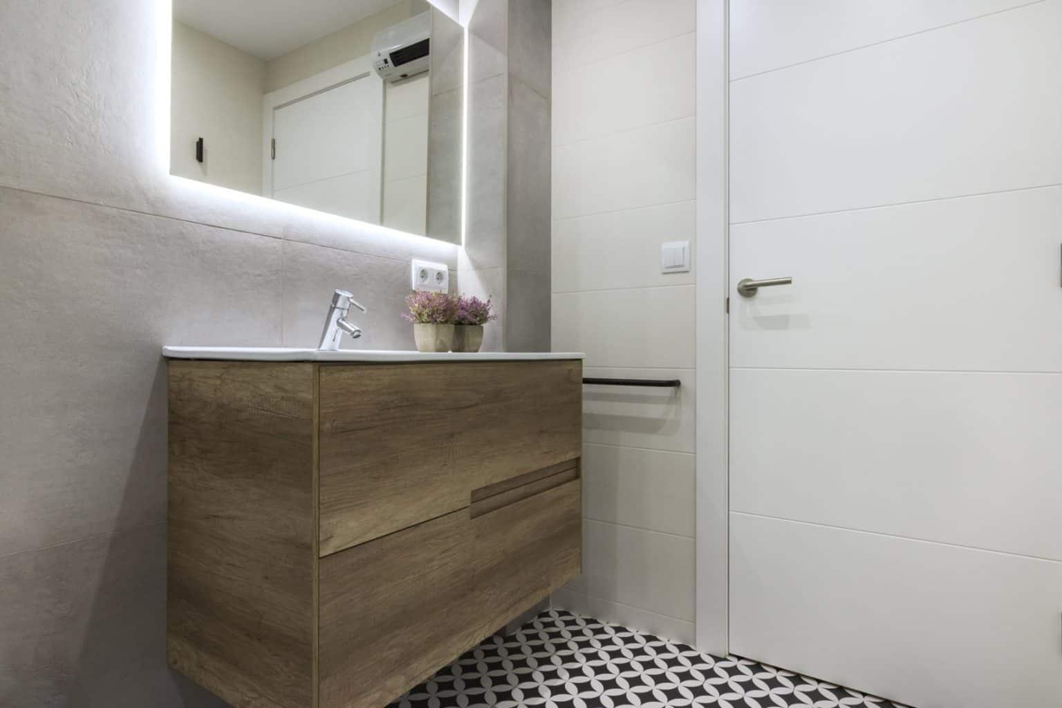 reforma de baños en barcelona, reforma de baños les corts barcelona